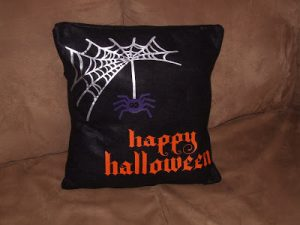Tutorial Tuesday: Halloween Pillow
