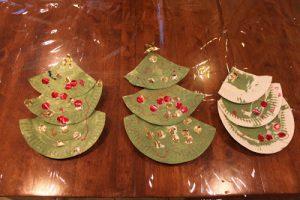 Tot Thursday: Paper Plate Tree