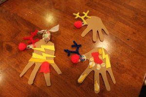 Tot Thursday: Hand reindeer