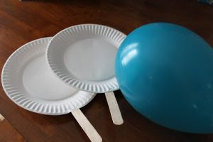 Indoor Kids Game Idea: Balloon Ping Pong {Kids Craft}