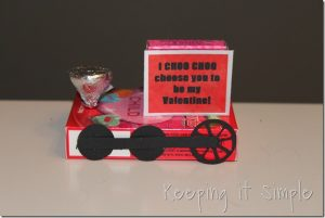 Easy Homemade Valentine: Train Valentine