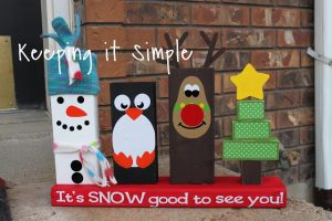 Easy Winter Craft: 2×4 Wood Snowmen