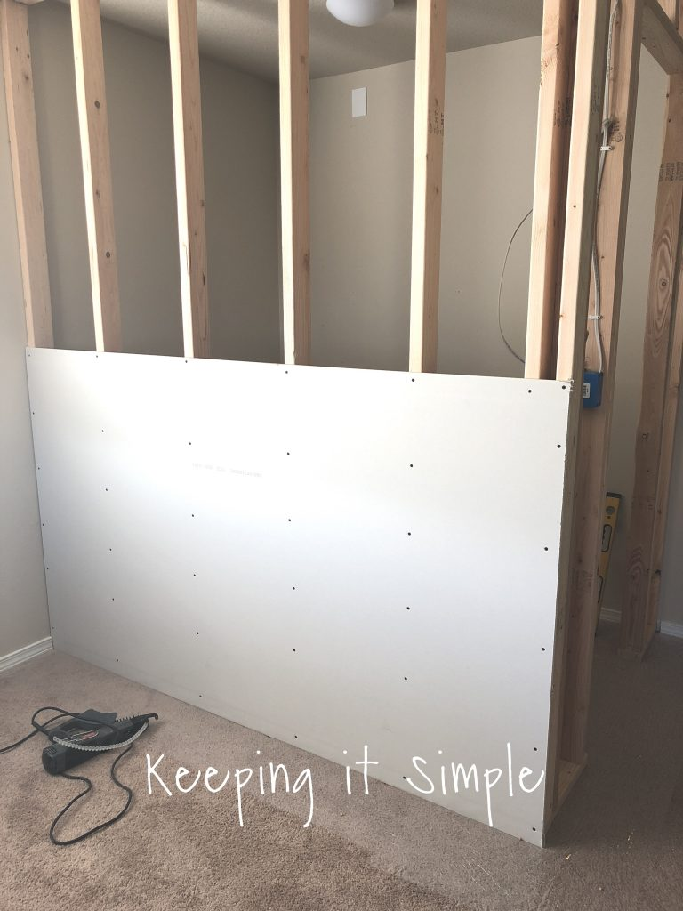 Merveilleux Now The Closet Is Really Taking Shape! With The Drywall In, The Inside Of  The Closet Measures 75u2033 X 55u2033