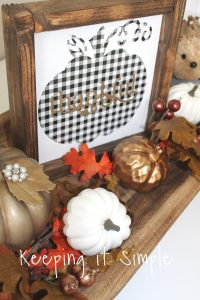 Buffalo Plaid Pumpkin Sign